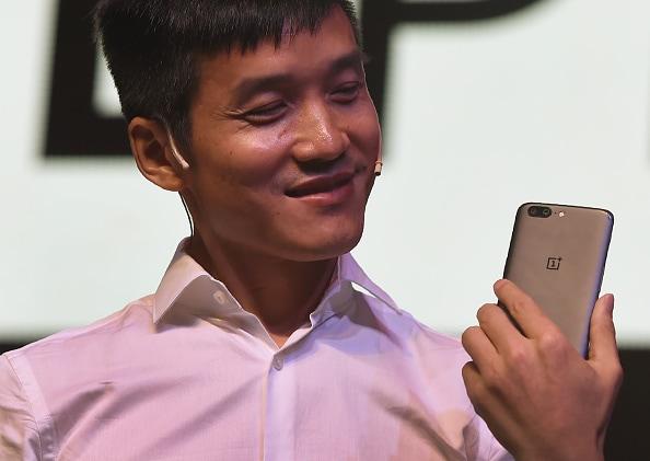 """Nuove informazioni sulla OnePlus TV: 4K LED con assistente vocale di un """"noto fornitore"""" e update garantiti"""