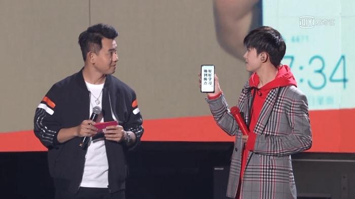 😉 Primeras imágenes reales en vivo del Huawei Nova 4 con cámara incrustada en la pantalla [Fotos+Video]