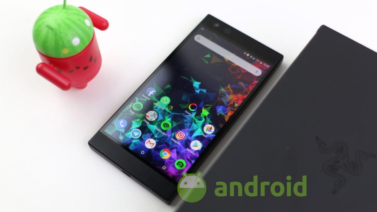 Razer Phone 2 scontato di 300€: una vera tentazione per gli appassionati di gaming mobile