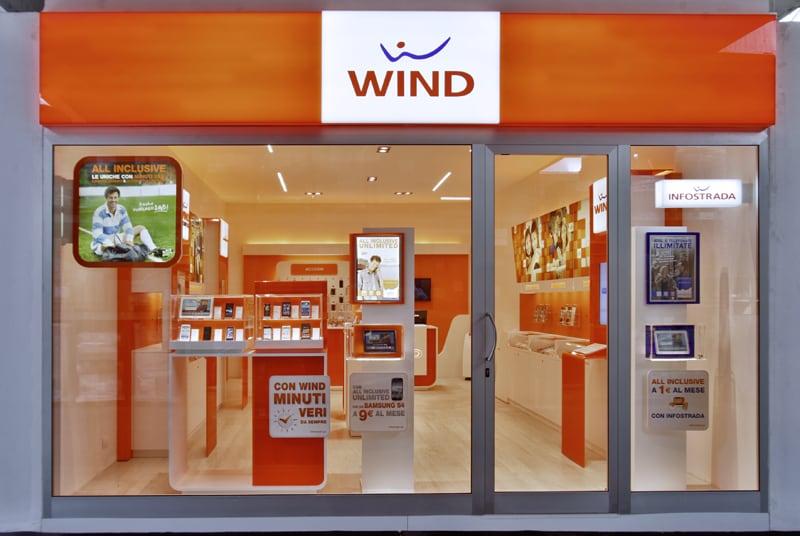 Wind rinnova il suo listino per l'acquisto a rate dei migliori smartphone: ecco tutte le offerte