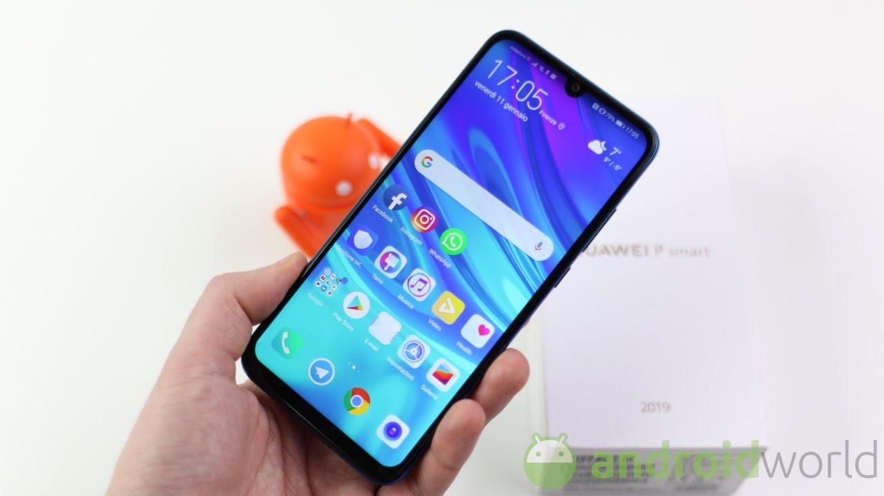 Huawei P Smart 2019: la versione stabile di EMUI 10 con Android 10 arriva in Italia (aggiornato)