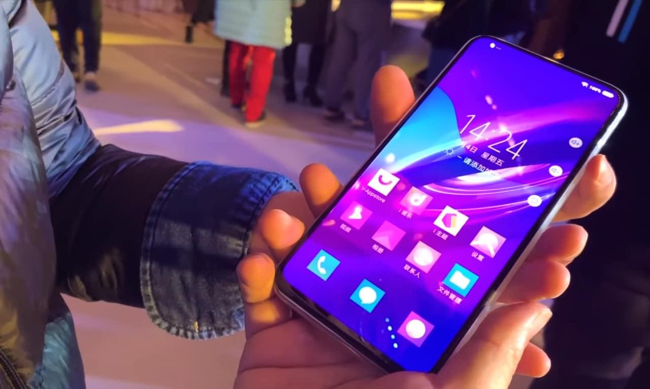 Vivo Apex 2019: il primo smartphone senza pulsanti fisici in un primo video hands-on