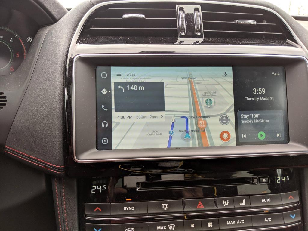 Android Auto si aggiorna con una nuova interfaccia widescreen: ecco come abilitarla (foto)