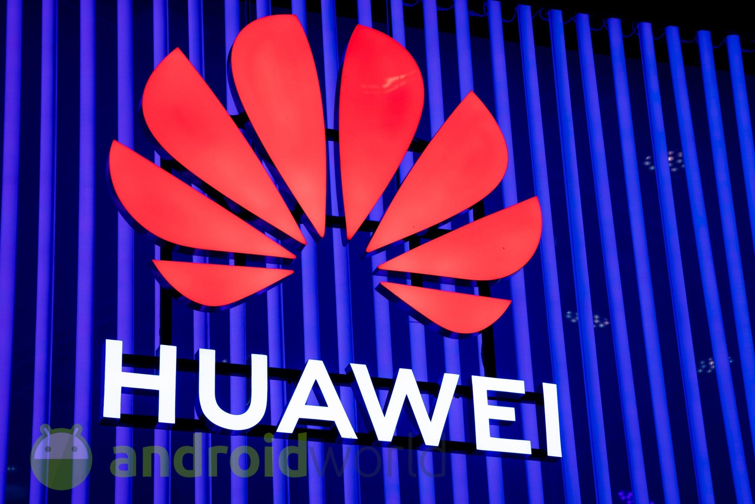 """Huawei Mate 30 Pro avrà una matrice di fotocamere e lenti """"cinematografiche"""", qualunque cosa voglia dire"""