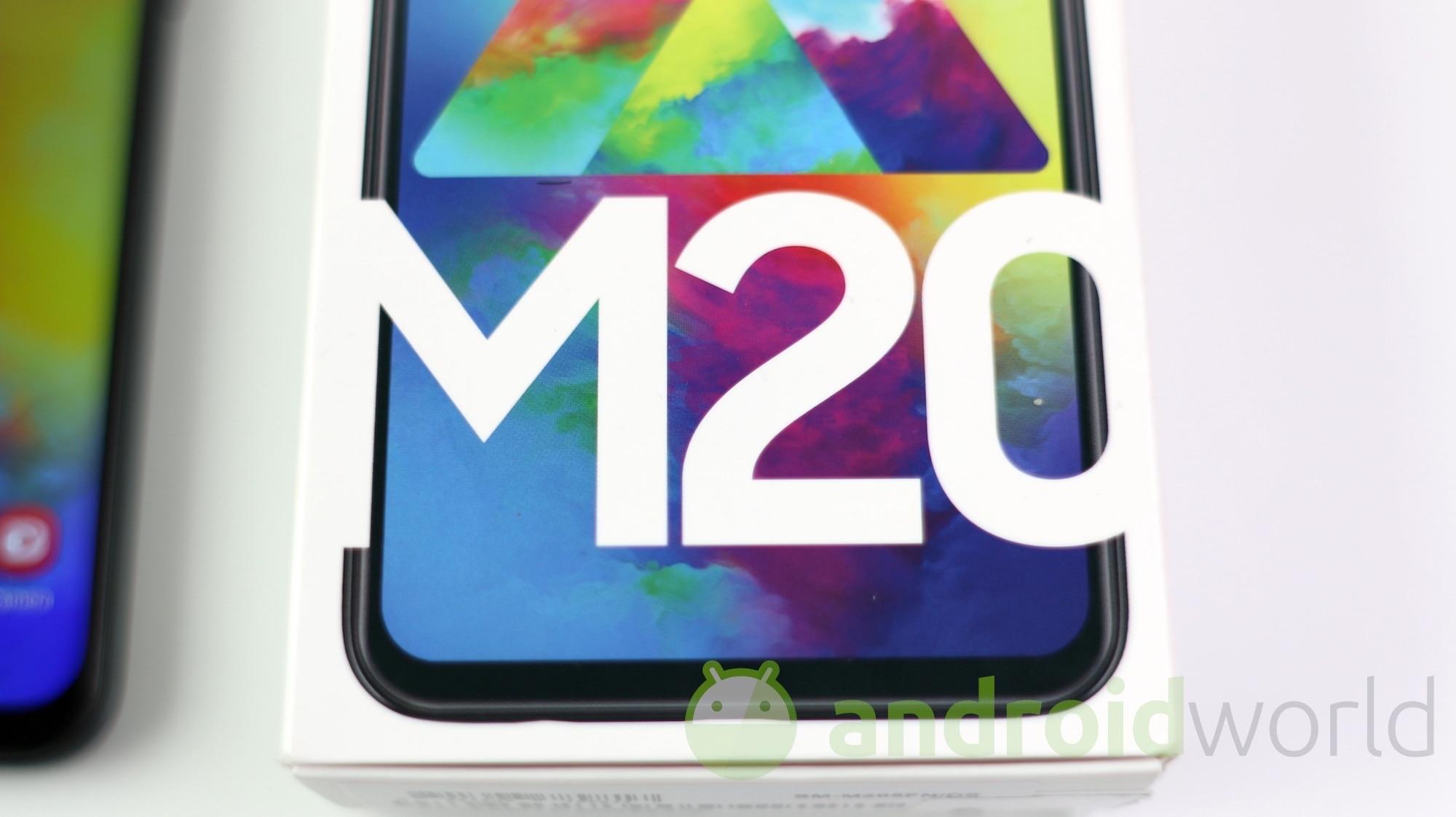7 giorni con Galaxy M20: ma non è che i top hanno qualcosa da invidiare ai base gamma?