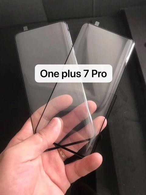 oneplus-7-pro-bordi-curvi-leak-01