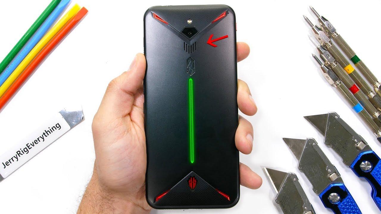 Red Magic 3 fra le grinfie di Zack: il gaming phone con la ventola riuscirà a resistere alle angherie? (video)