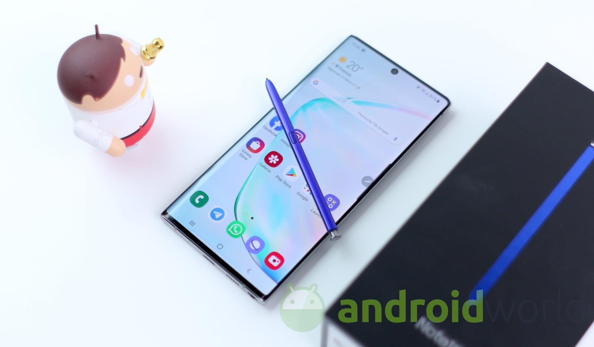 Galaxy Note 10 non aspetta Android 10 e introduce già la sincronizzazione della galleria con OneDrive