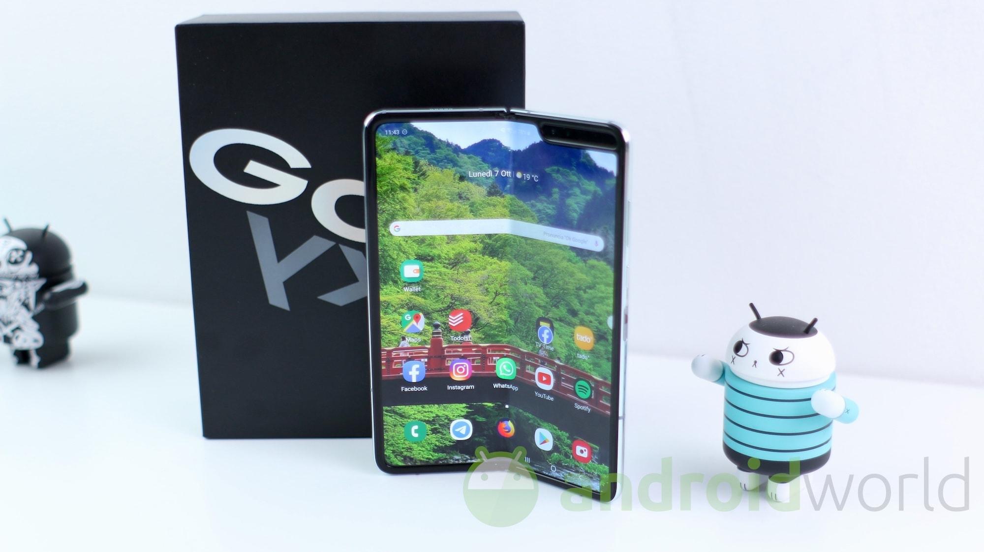 Samsung Galaxy Fold in forma smagliante: ecco le patch di sicurezza di gennaio 2020