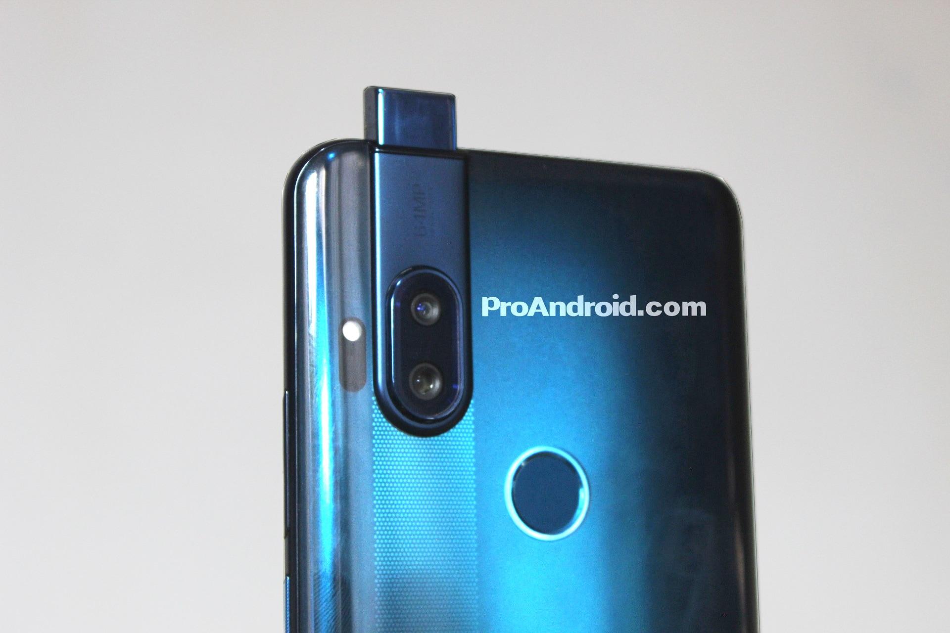 Anche Motorola ha in serbo il suo smartphone con fotocamera pop-up? (foto) (aggiornato: sì, abbiamo un nome)
