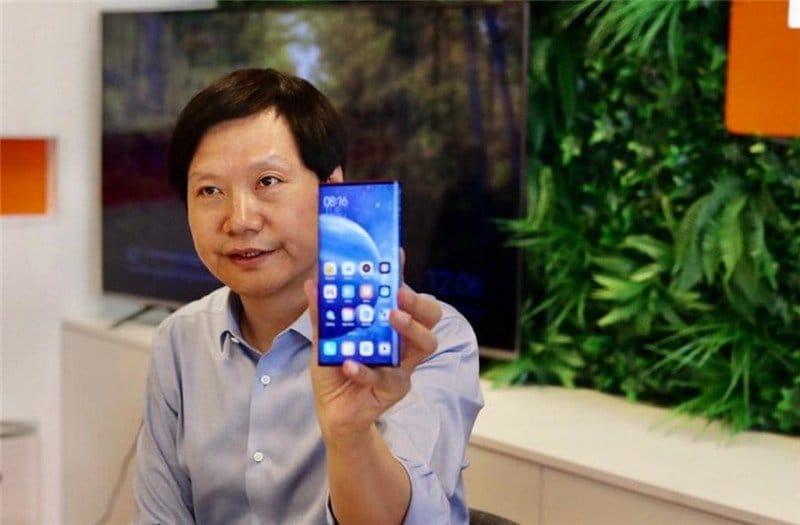 Xiaomi Mi MIX Alpha atterra per la prima volta in Europa (ma solo in visita di cortesia) (foto)