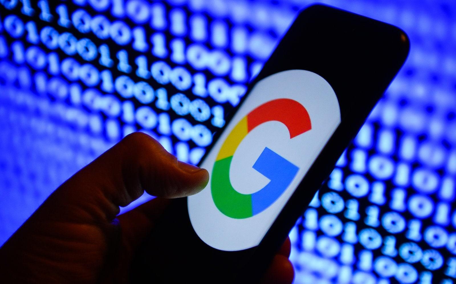 Da qualche tempo Google sta inviando strani SMS dal telefono di diversi utenti, è capitato anche a voi? (foto)