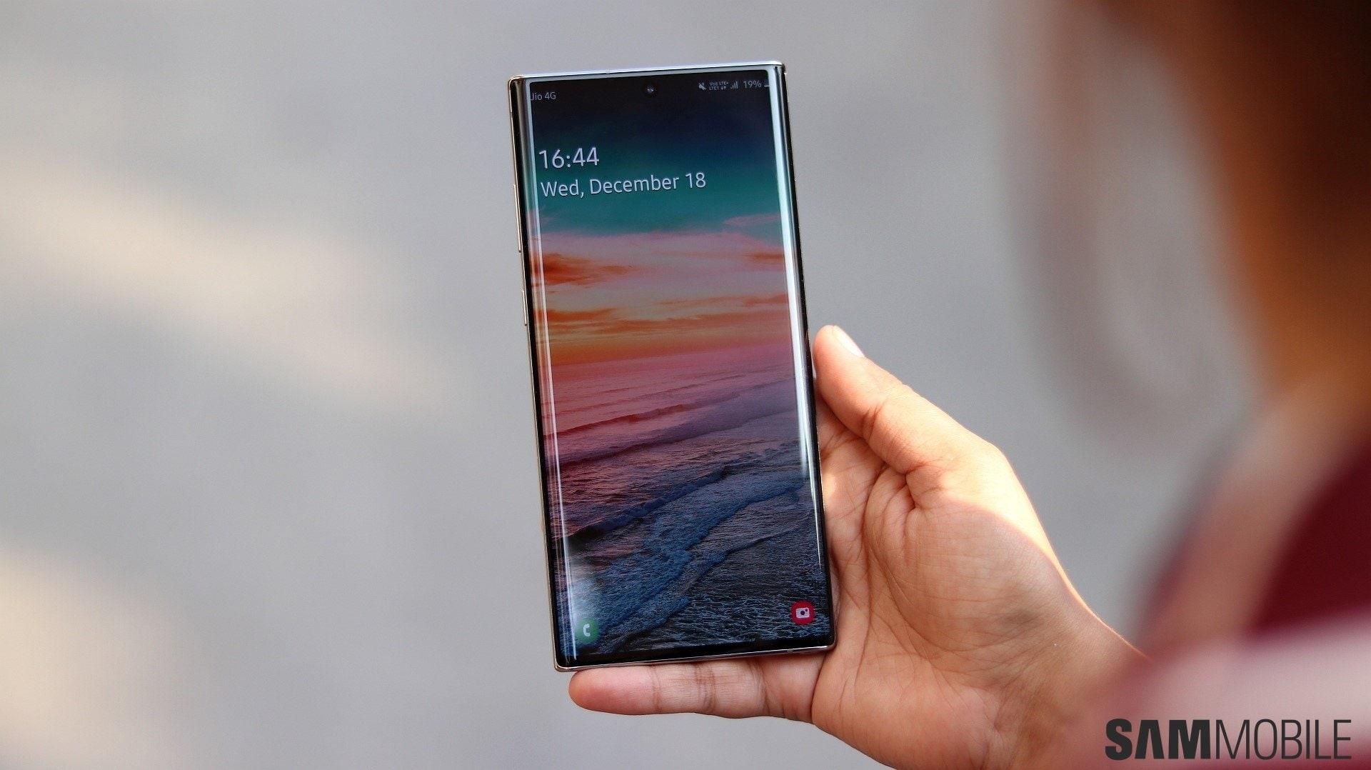 Patch di febbraio per Samsung Galaxy S10, Note 10, Note 9, A50/A51/A71 e molti altri (aggiornato)
