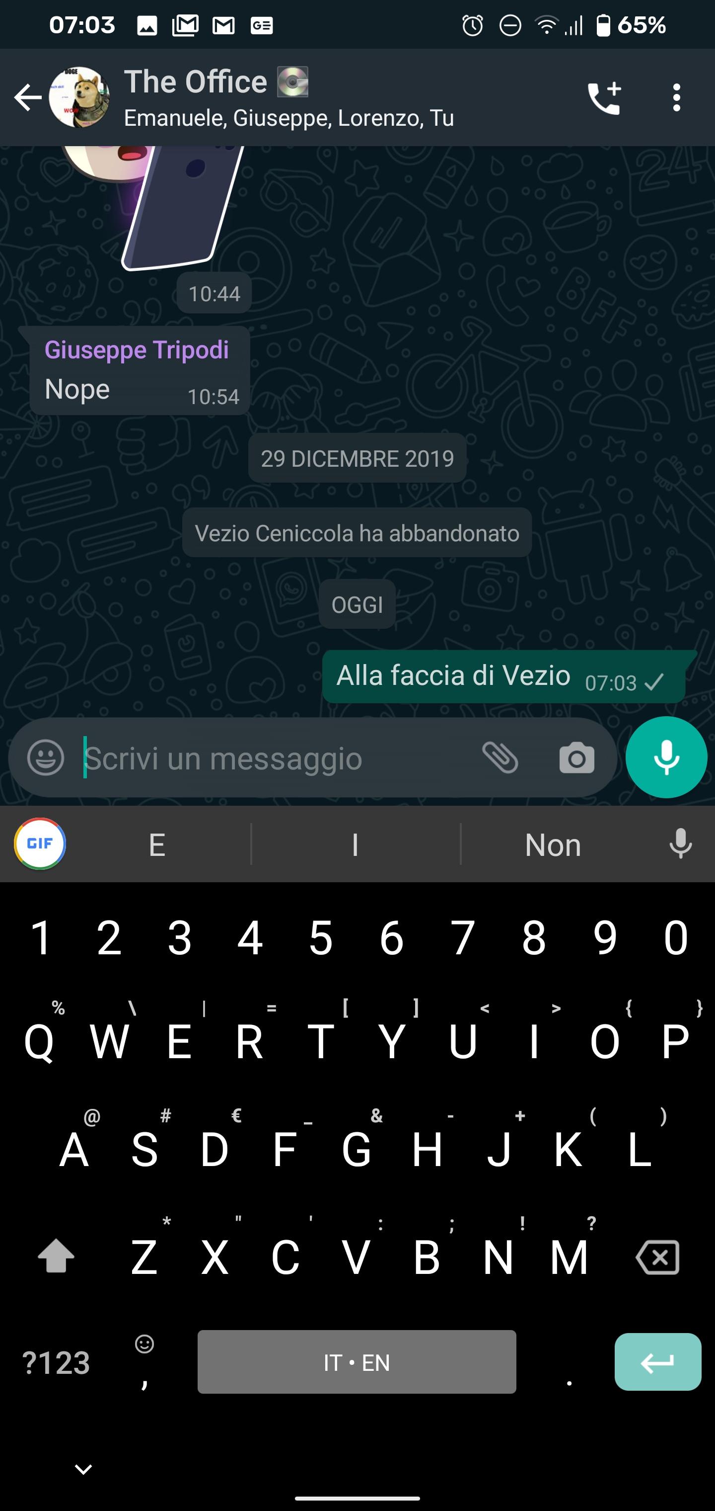 Tema scuro WhatsApp: ecco come attivarlo su Android