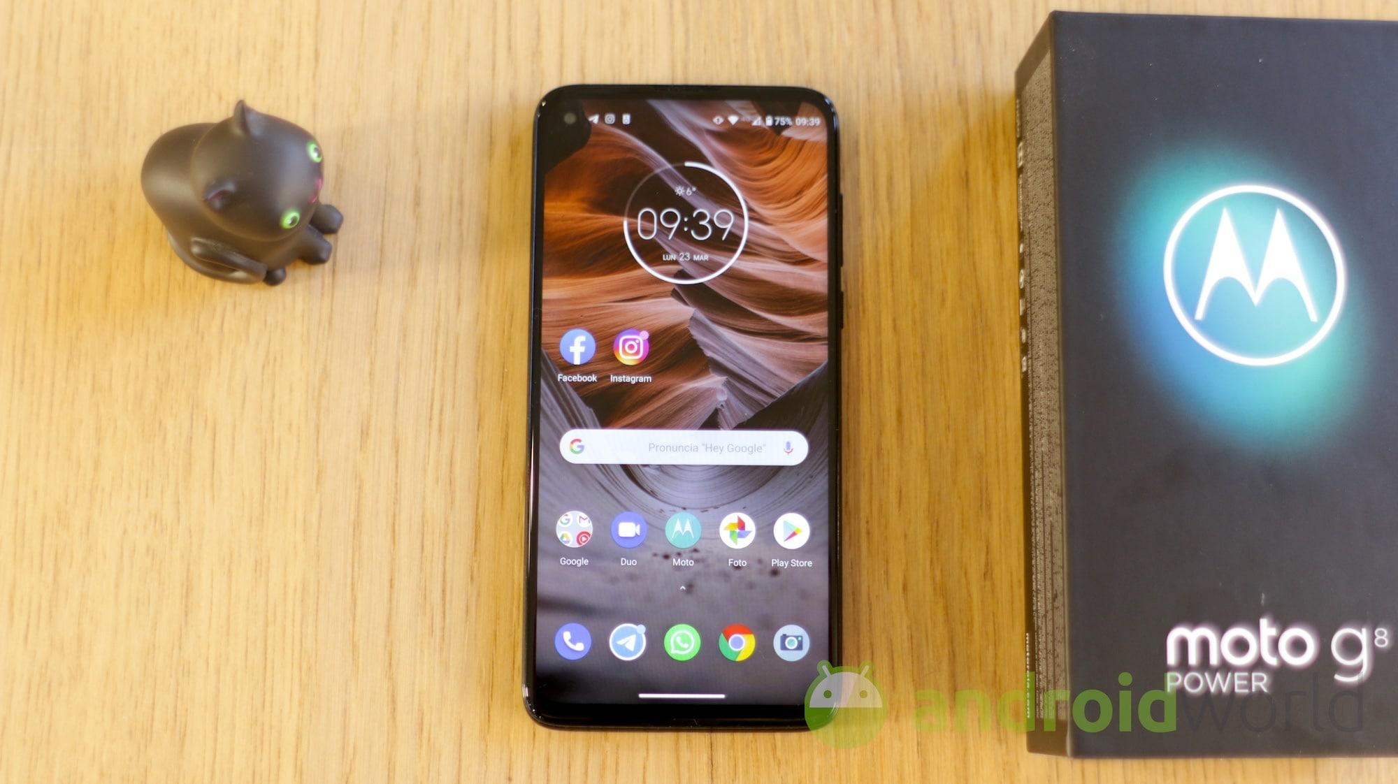 Motorola Moto G8 Power final 02
