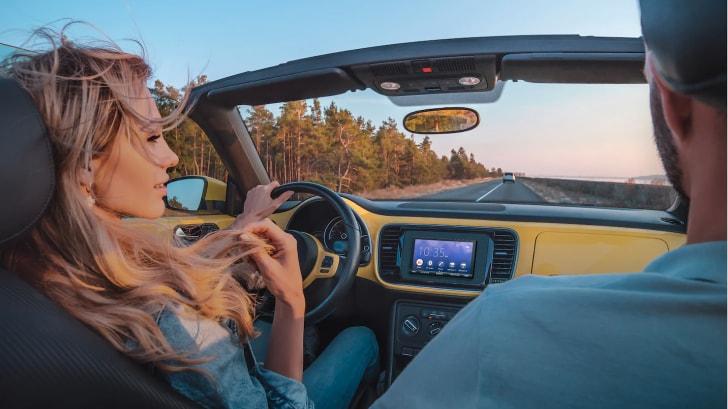 Sony porta l'infotainment in tutte le auto: arriva la nuova unità con Android Auto e CarPlay (foto)