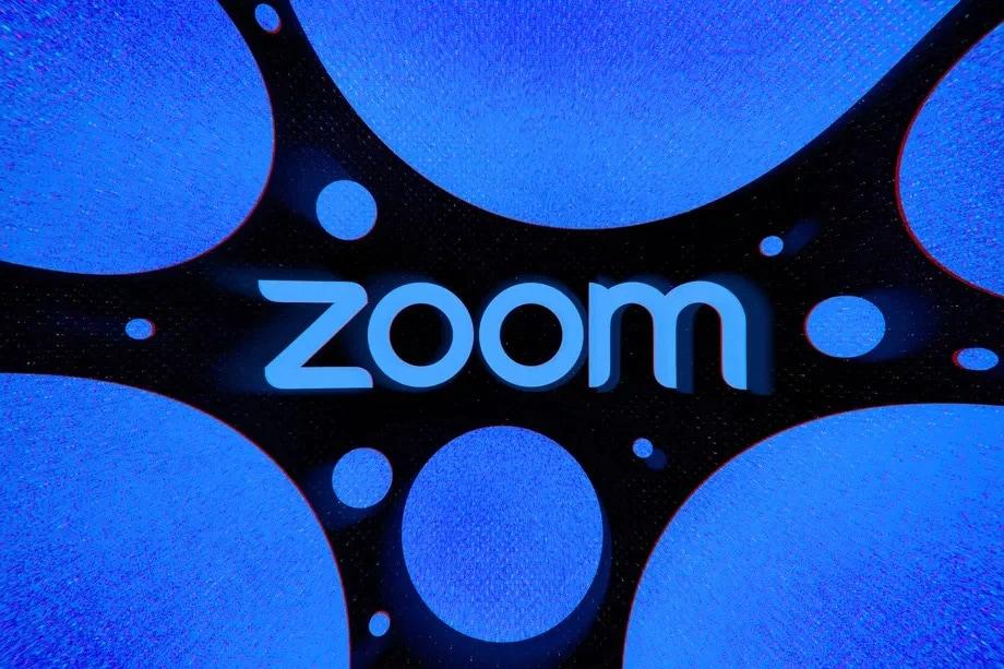 Ecco i migliori sfondi per fare bella (o brutta) figura durante le vostre videochiamate Zoom! (foto)