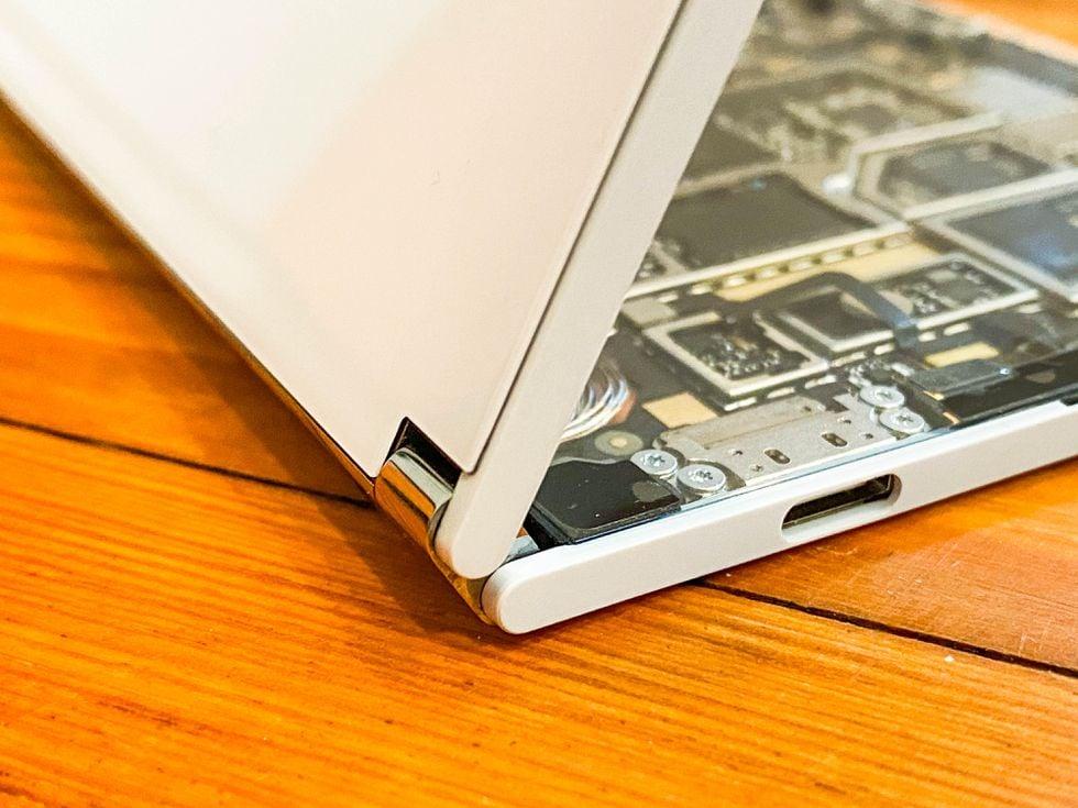 Surface Duo è perfetto anche per i modder: Microsoft conferma che il bootloader sarà sbloccabile