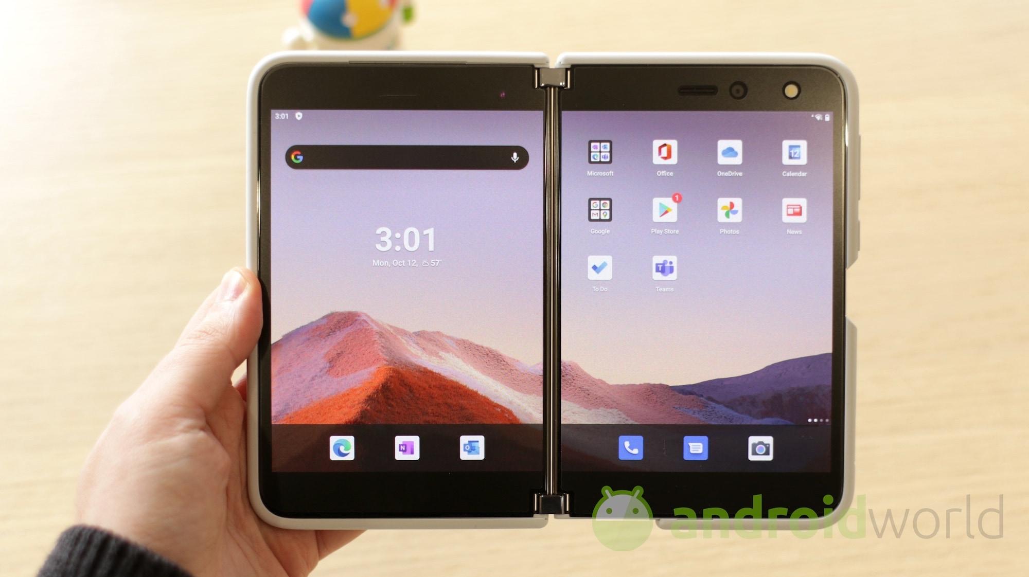 Finalmente Microsoft Surface Duo esce dagli USA per arrivare in Europa (ma non in Italia)
