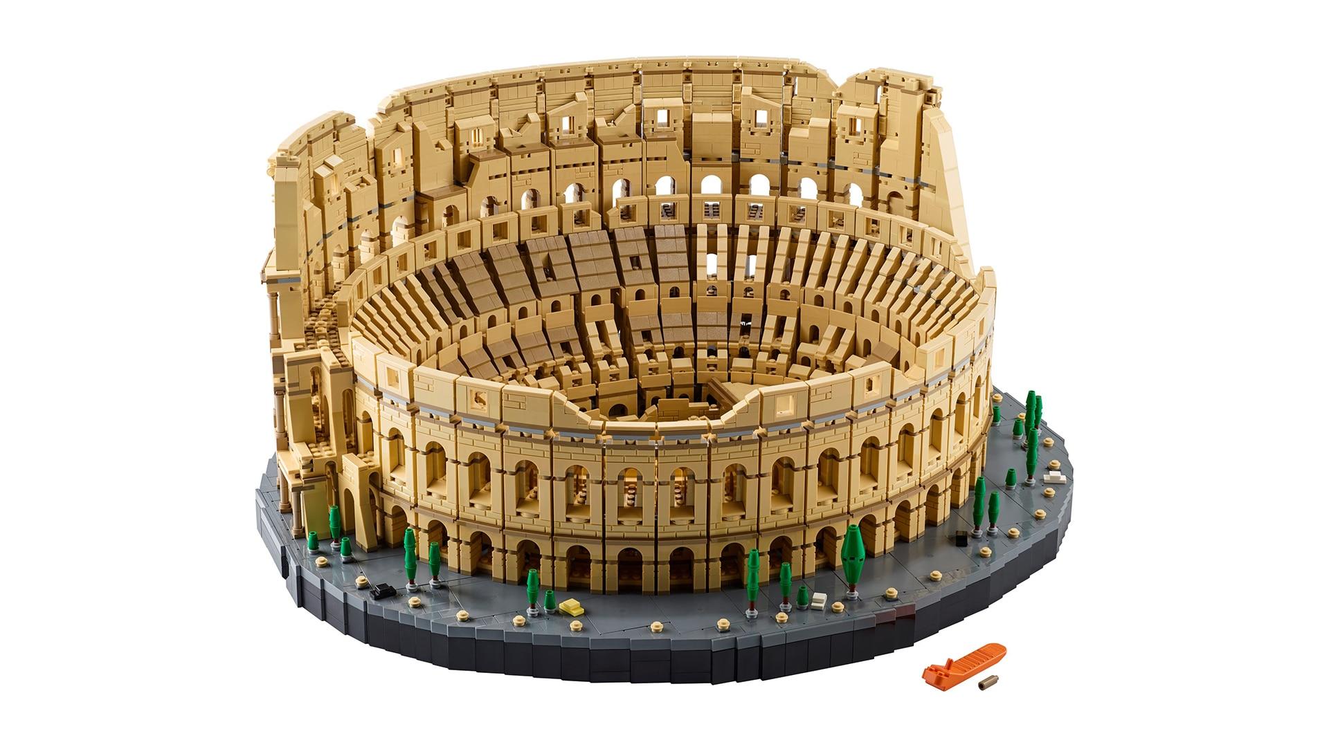 LEGO Il Colosseo, il set da quasi 10.000 pezzi è disponibile da oggi! (foto e video)