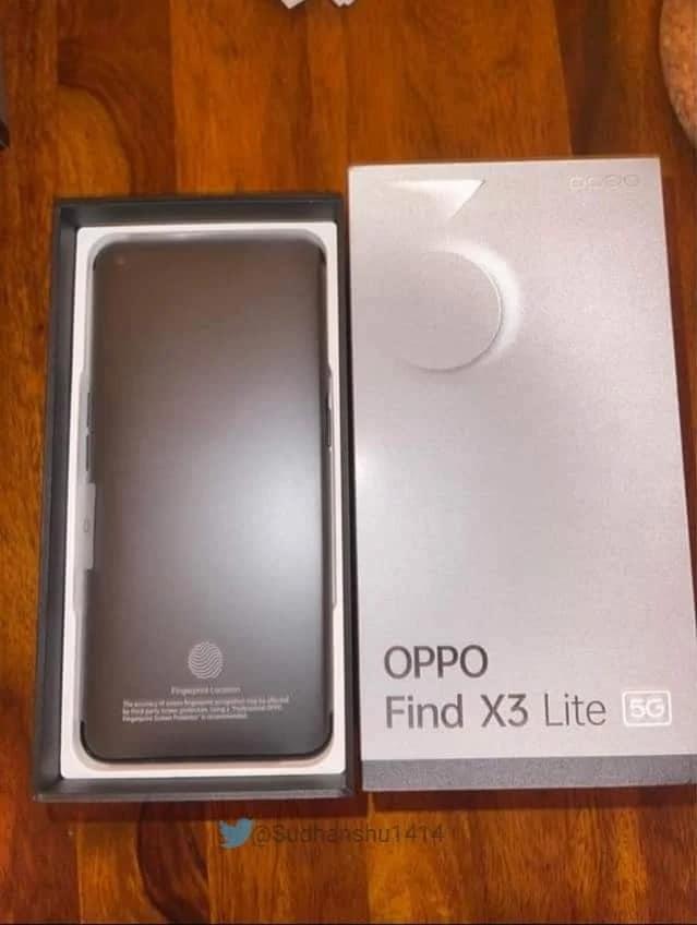 Oppo Find X3 Lite si mostra insieme alla sua confezione: è il gemello del Reno5 5G (foto)