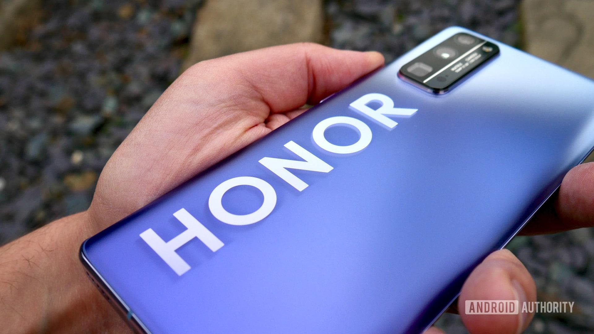 Honor 50 ufficiale: la nuova serie di smartphone avrà i Servizi Google (foto)