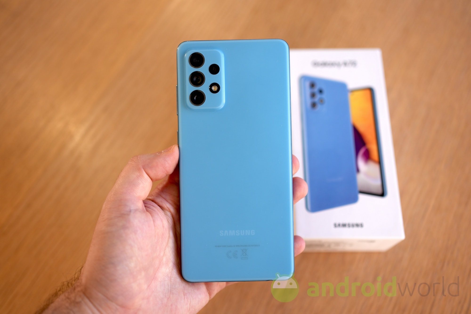Samsung Galaxy A72 def 01