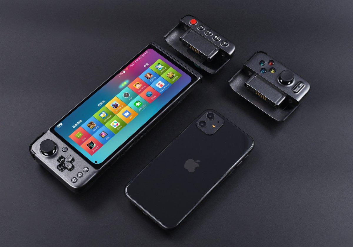 Vi piacerebbe uno smartphone modulare pensato praticamente solo per il gaming? (video e foto)