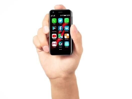 Se siete in cerca di uno smartphone Android piccolo-piccolo ed economico, lo trovate su Indiegogo (foto)